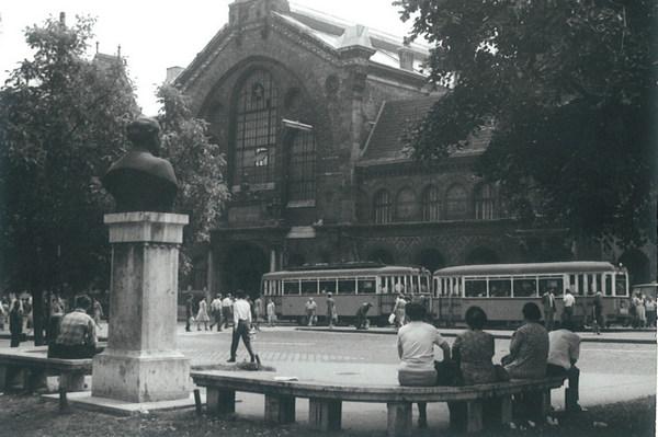 dimitrov_ter_1970_budapest_fovam_ter