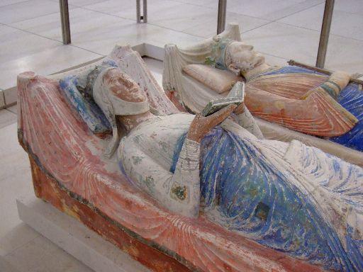 Eleonóra névnap - Eleonóra és II. Henrik sírja