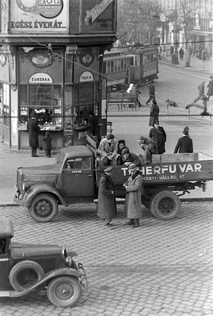banansziget_nyugati-ter_berlini-ter_marx-ter_retro_budapest_1950