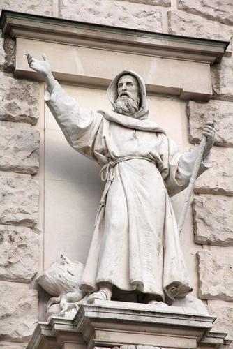 Szeverinusz névnap - Szent Szeverinusz szobra Bécsben