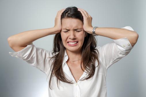 Atanáz névnap - migrén