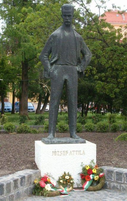 József Attila szobor Szeged