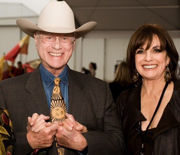 Larry_Hagman_and_Linda_Gray