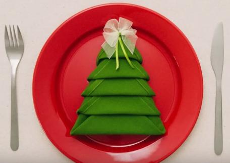 karácsony-szalvéta-hajtogatás