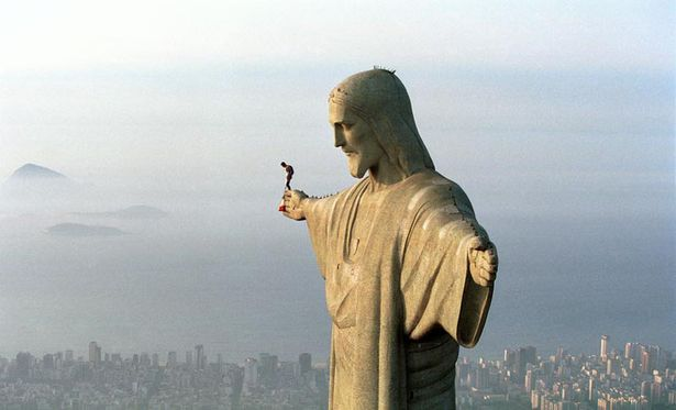 Felix Baumgartner (AUT) - Christ the Redeemer Statue