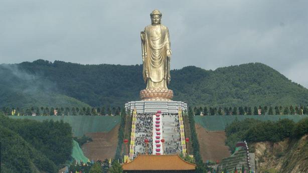 tavasz-templom-buddha