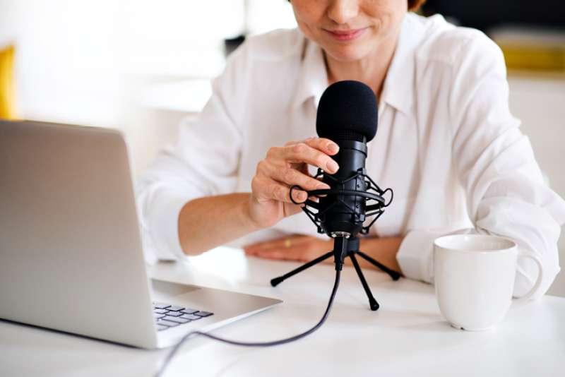 podcast hangrögzítés